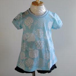 リンゴモチーフのAライン半袖Tシャツ