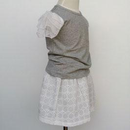 白いチュール袖のTシャツ(グレー)