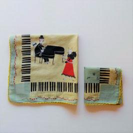 柄が魅力♪のハンカチ(ネコとピアノ)