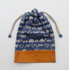 シリーズ24のお着替え袋(単色車柄)-紺地