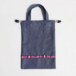 シリーズ21の上履き袋(国旗チロリアン)