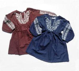 胸元とお袖に白いお花刺繍のワンピース/Will Mery*