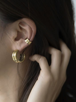"""""""Hammered Ear Cuff Messing"""" by ting goods"""