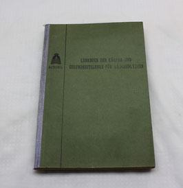 Lehrbuch der Körper- und Gesundheitslehre von 1913