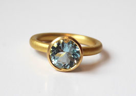 Aquamarin Ring aus 900 Gold