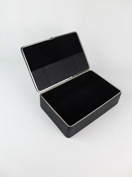 BOX M l BLACK l 3972