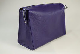 TRIANGLE WASHBAG L l BERRY COLOURS