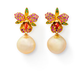 Orchideen-Ohrringe mit goldenen Südseeperlen