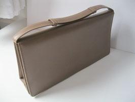 elegante alte Damenhandtasche aus Leder, verstellbarer Griff, Etui-Form