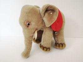 Elefant von Steiff