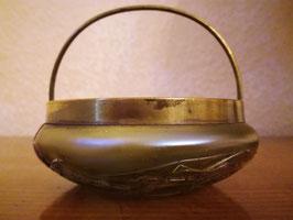 Jugendstil Schale mit Henkel, irisierendes Glas, Fadendekor