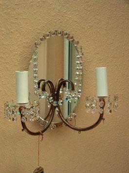Wandlampe, um 1970, mit Spiegel und Kristallanhängern, defekt