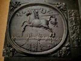 antike Ofenplatte Pferd