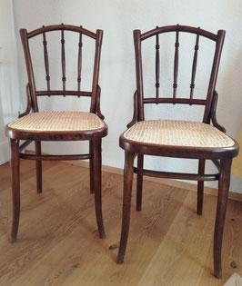 2 Thonet Stühle / Kaffeehausstühle aus der Zeit der Jahrhundertwende