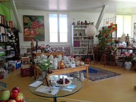 und vieles mehr live in unserem Brockenhaus....!