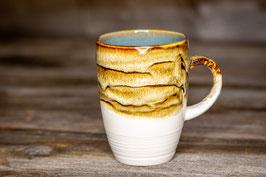 218 - Kleine elegante Keramiktasse in satinweiß, beigebraun und türkis
