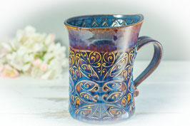 034 - Geschwungene Latte Macchiato Tasse in blau, saphir