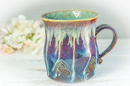045 - Große Keramiktasse in braun, blau, creme und türkis