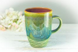 063 - Kleine elegante Keramiktasse in grün, türkis, bronze und pflaume