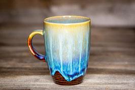 192 - Kleine elegante Keramiktasse in braun, türkis, creme