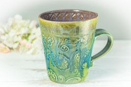 054 - Keramiktasse in grün, türkis, bronze und graulila