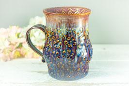 103 - Große Keramiktasse in braun, blau, creme und pflaume