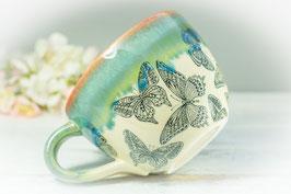 064 - Jumbo Keramiktasse BUTTERFLY in grün, türkis und pflaume