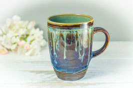 053 - Kleine elegante Keramiktasse in braun, blau, creme und türkis