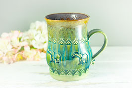 102 - Große Keramiktasse ELEFANT in grün, türkis und graulila