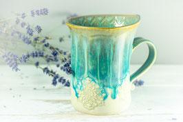 088 - Geschwungene Latte Macchiato Tasse in grün, türkis