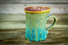 153 - Geschwungene Latte Macchiato Tasse in grün, türkis, bronze und pflaume