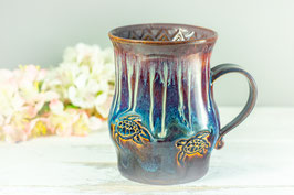 108 - Große Keramiktasse in braun, blau, creme und graulila