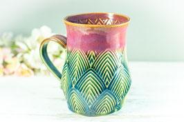 024 - Große Keramiktasse in grün, türkis und pflaume