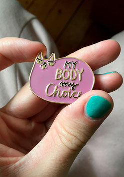 "Slinga: Pin ""My Body My Choice"" rosa"