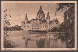 30...   (W-3000)   Hannover   -Rathaus-   (PK-00273)