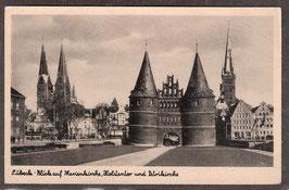 235..   (W-2400)   Lübeck   -Blick auf Marienkirche, Holstentor und Petrikirche-   (PK-00057)