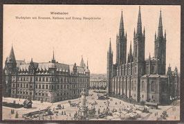 65...   (W-6200)   Wiesbaden   -Marktplatz mit Brunnen; Rathaus und Evang. Hauptkirche-   (PK-00104)