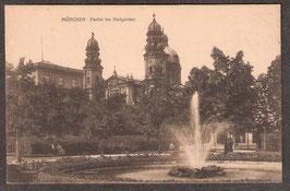 8....    (W-8000)   München   -Partie im Hofgarten-   (PK-00287)