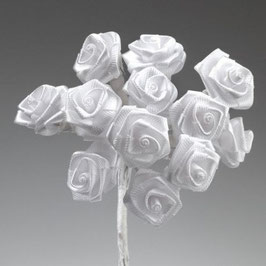 12 roses en satin