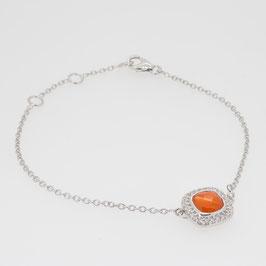 Bracelet Cornaline avec pavage oxyde de zirconium et 3 anneaux d'attaches.