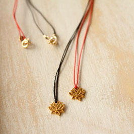 Petit lotus necklace