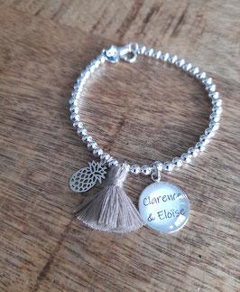 Bracelet perles fin personnalisable pompon breloque