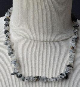 Collier avec perles d 'agathe gris
