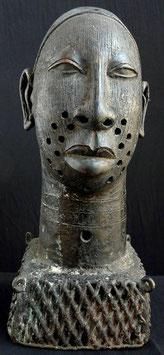 Tête Ifé Africaine en bronze :  Bénin city  - Nigéria