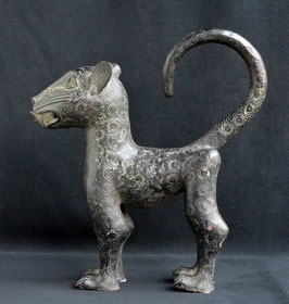 Léopard Africain en bronze  :  Bénin city  - Nigéria