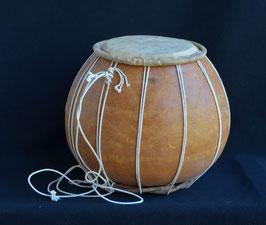 Bara tambour instrument de musique Africain  en calebasse :  Bénin