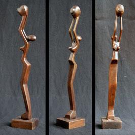 Statue Africaine  du Bénin   :  Filiforme