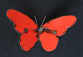 Papillon  en métal recyclé  :   Zimbabwe