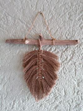 Blatt hellbraun