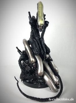 Alien Pile 1/6 Diorama Statue 36cm Sideshow